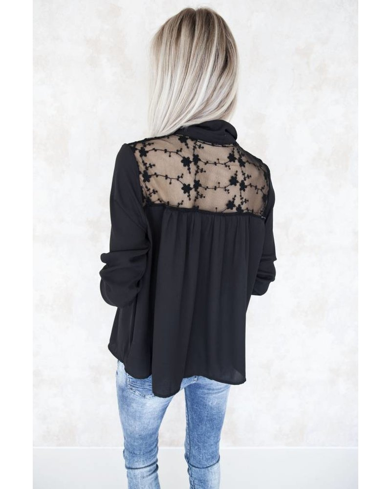 FLOWERED FRAN BLACK - BLOUSE