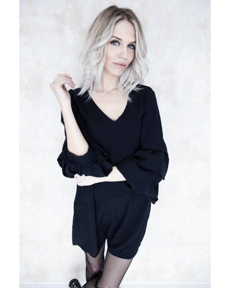 SALLY BLACK - JURK