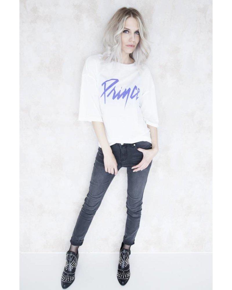 PRINCE WHITE - T-SHIRT