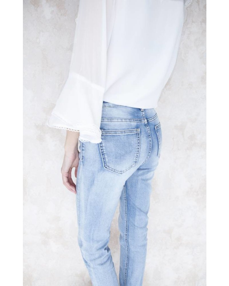 FLOWERS IN SPRING - JEANS