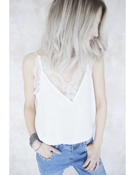 DREAMY LACE WHITE