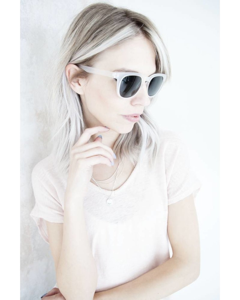 MARGOT WHITE - SUNGLASSES