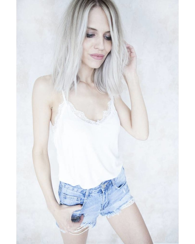 LIZZY LACE CREAMY WHITE - TOP