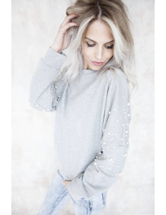 COMFY WITH PEARLS GREY
