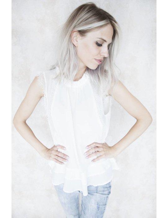FELINE WHITE