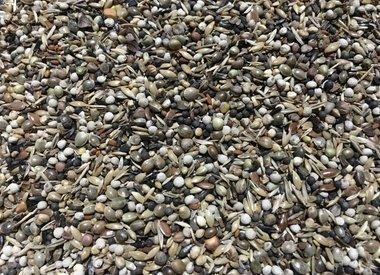 Bird seed mixes