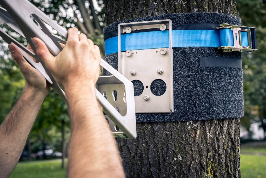 Adaptador para exteriores en acero inoxidable, para fijación de Barra para hacer dominadas en exteriores, en árboles o postes