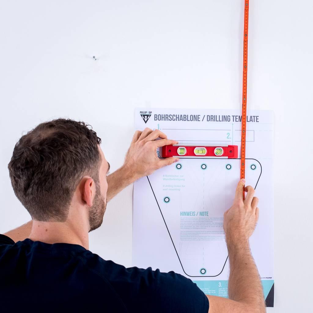 """Adaptateur intérieur incluant un modèle de forage pour fixer une barre de traction murale """"Pullup & Dip"""", convient au modèle en acier noir"""