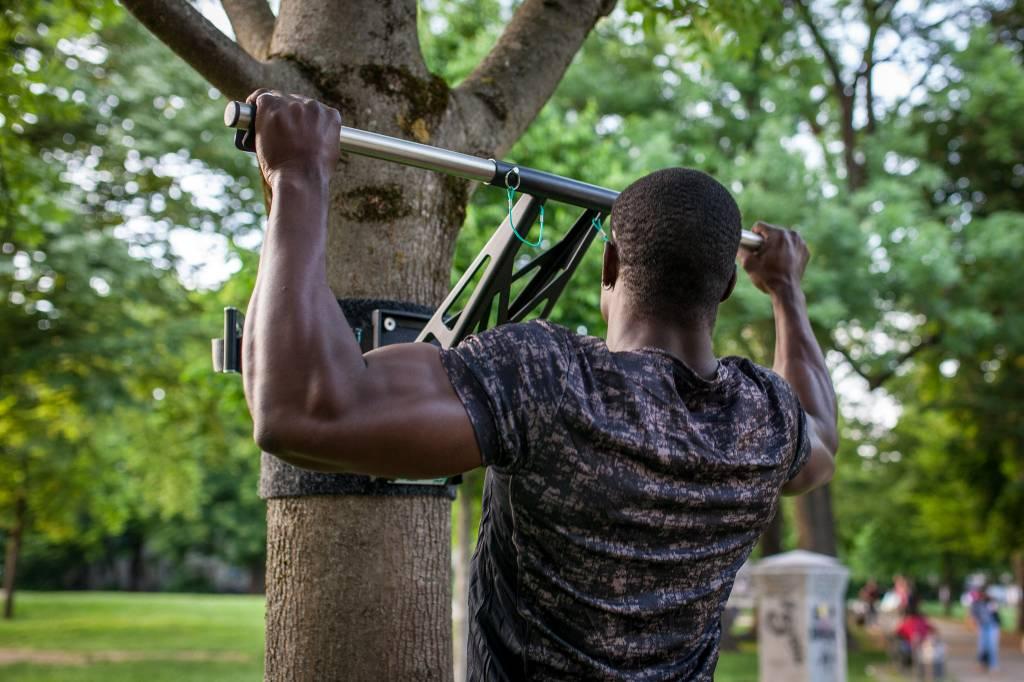 Set de barra para hacer dominadas recta en acero inoxidable, para abdominales, tonificar musculos y otros ejercicios adicionales.