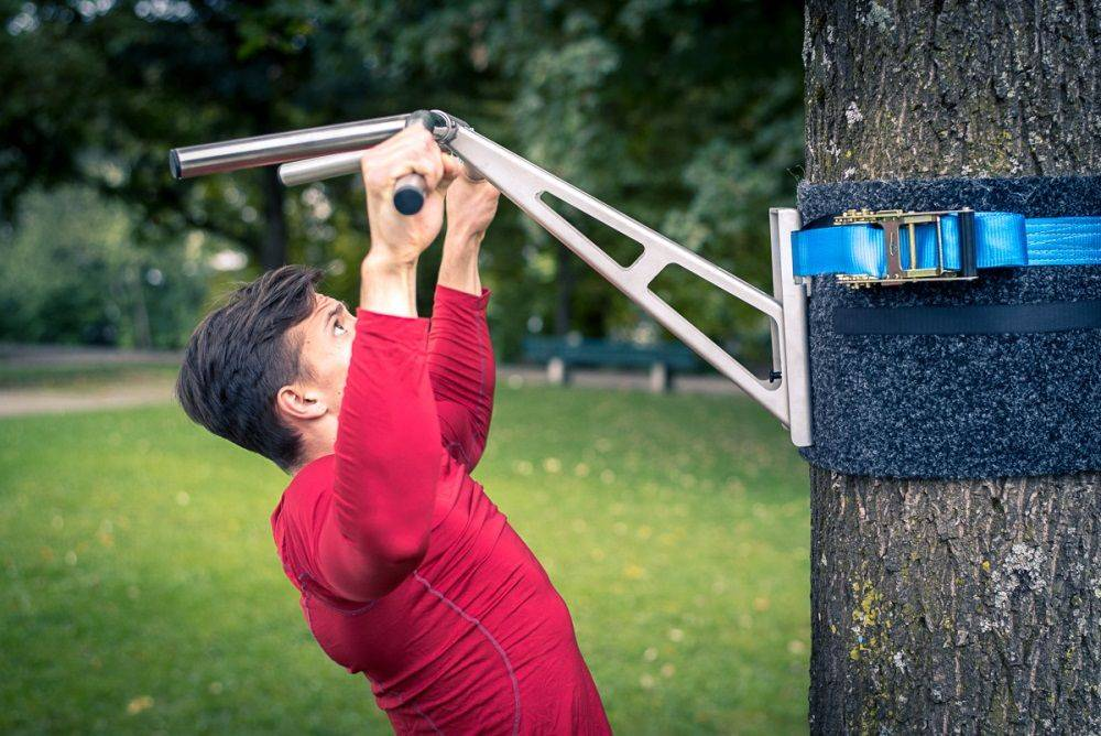 Pullup & Dip outdoor package - Portable pull-up and dip bar for outdoor workouts, mount on trees & posts, over 35 exercises, premium stainless steel quality
