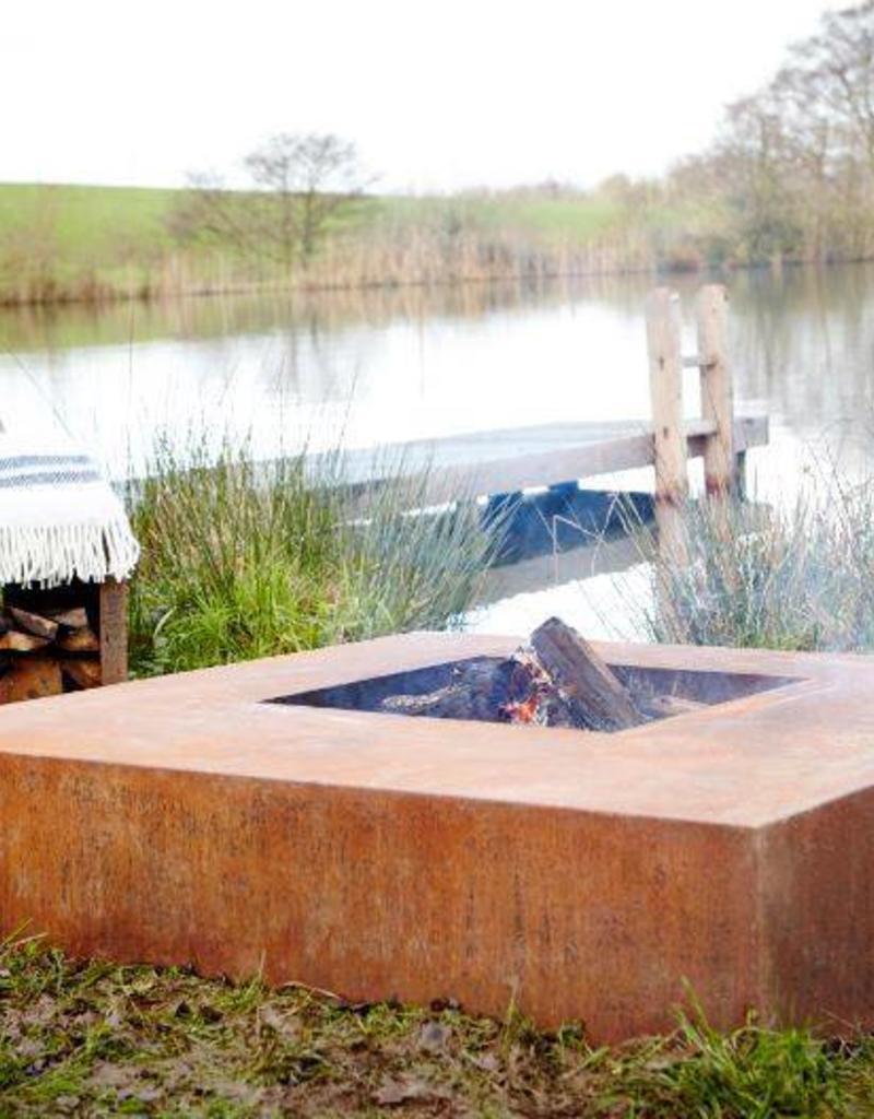 Burni Cortenstaal Vuurtafel Vierkant Burni 120 en 140cm