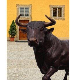 Grand Taurus - Lebensgroße Stierskulptur