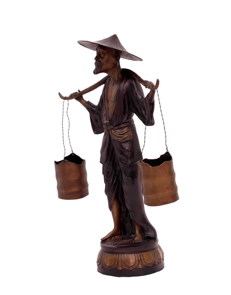 Onus – Bronzeskulptur eines Wasserträgers