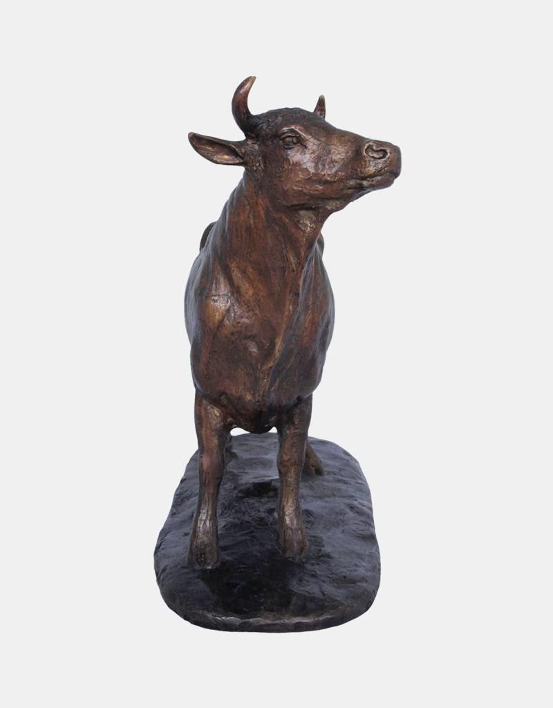 Elsa – Figur Kuh auf Bronzesockel