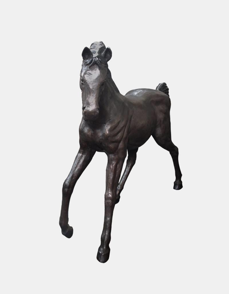 Morningstar II – Stehende Pferdskulptur