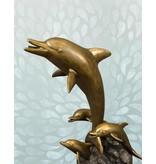 Apollon Quartett - Wasserspiel einer Delfinschule auf Wellen