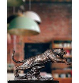 Ares – Bronzeskulptur eines Tigers