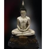 Buddha – Große Bronzeskulptur silberfarben