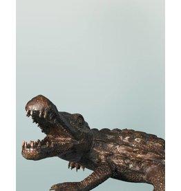 Petit Sobek – Bronzeskulptur eines Krokodils