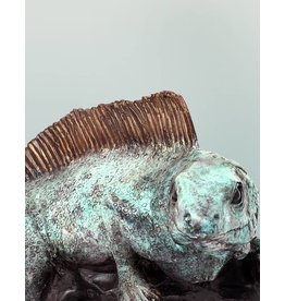 Sibilus – Leguan auf Marmorsockel