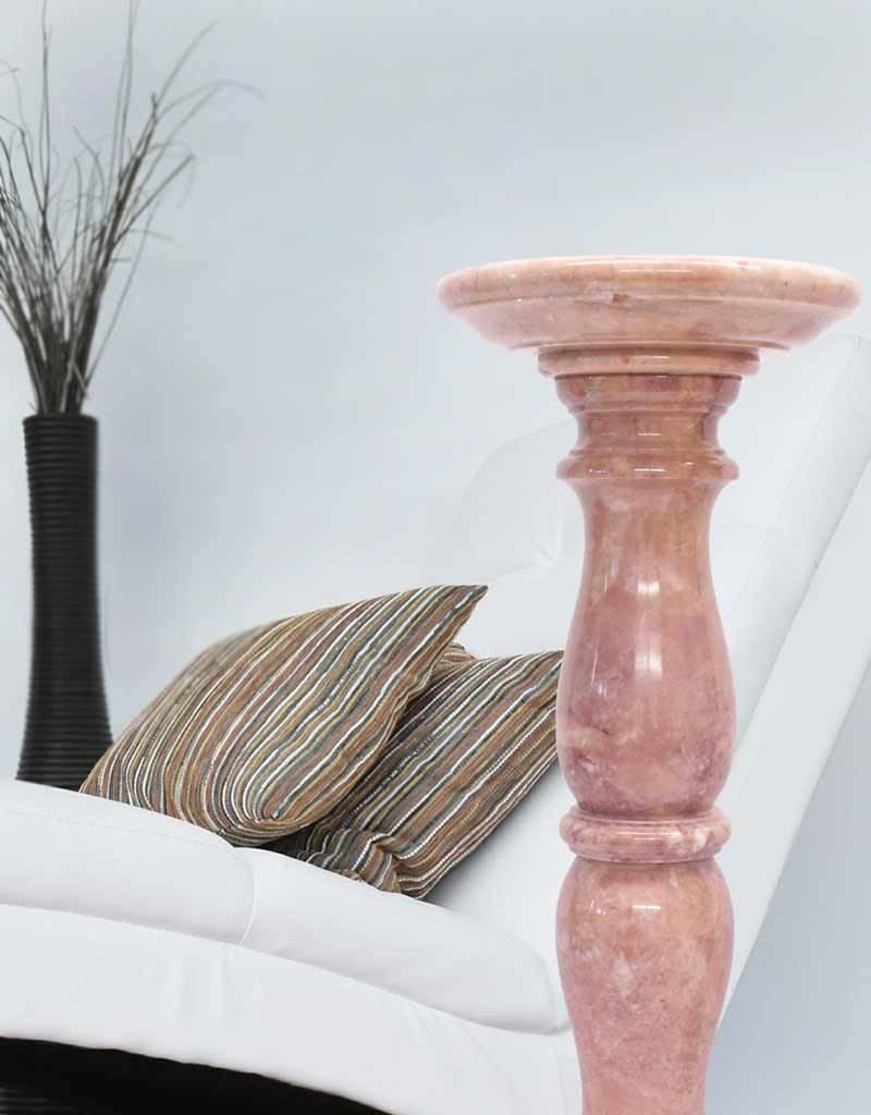 Große Marmorsäule rosé poliert