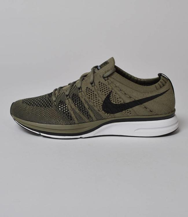 Nike Nike Flyknit Trainer Medium Olive