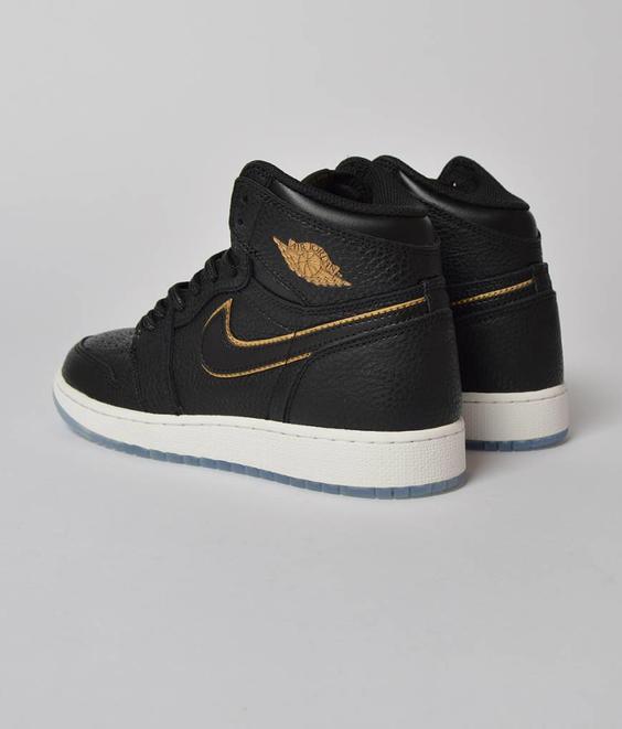 Nike Nike Jordan 1 Retro Hi OG GS Black Metallic Gold