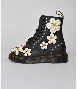 Dr. Martens Dr. Martens Pascal Flower Black Hydro Leather