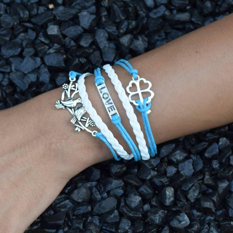 5-delige wit en turquoise armband Geluk