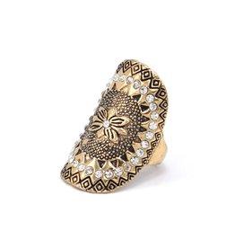 Ovale Bohemian ring