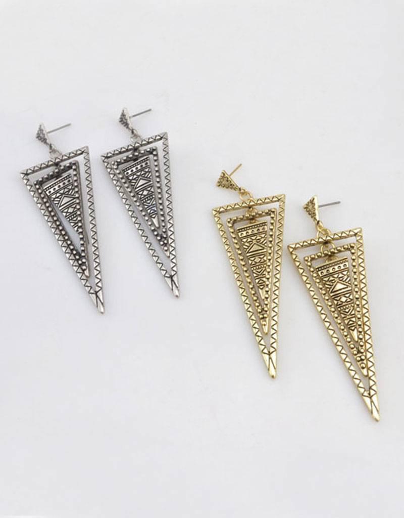 Verzilverde Vintage triangle oorbellen