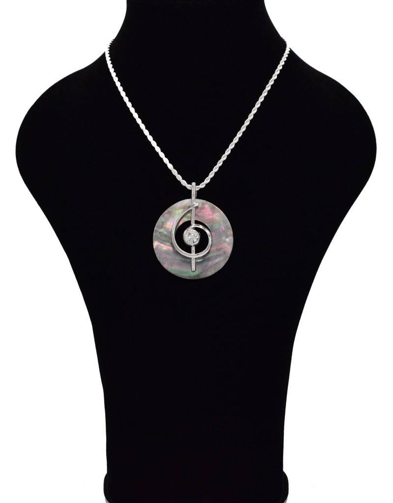 Halsketting met ronde schelp hanger