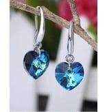 Zilveren halsketting en oorbellen met hartvorm