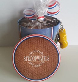 Stroopwafel tin with stroopwafels