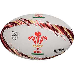 Gilbert rugbybal Wales supporter