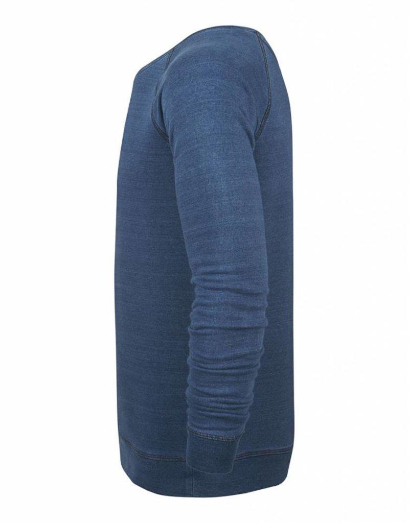 BETTER.. Clothing Pullover aus Indigo Washed Bio-Baumwolle