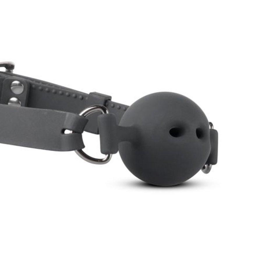 Siliconen Ball Gag Met Luchtgaatjes - Groot