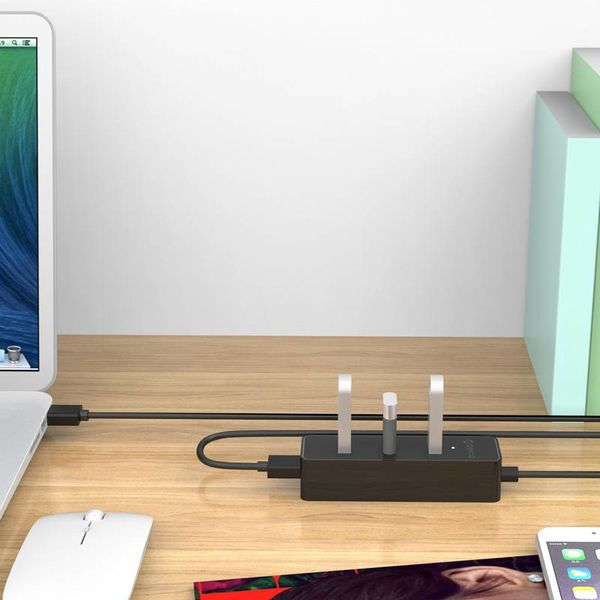 Orico 4 Anschlüsse 5 Gbps USB 3.0 Hub in elegantes modernes Design mit 30cm USB 3.0 Datenkabel Schwarz