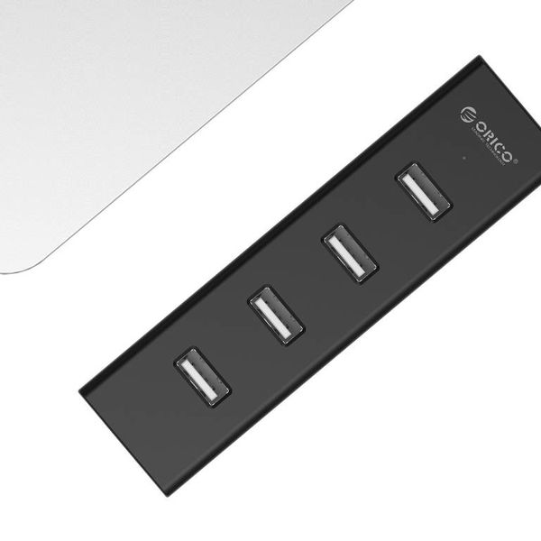 Orico 4 Port Hub USB 2.0 avec 20cm Matte Black Data Câble