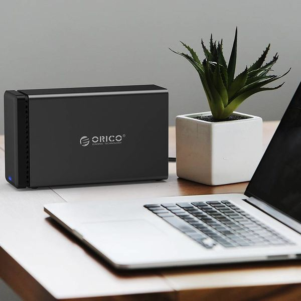 Orico 2 magnétique Bay Type-C Boîtier pour disque dur 3,5 pouces SATA HDD / SSD noir station d'accueil