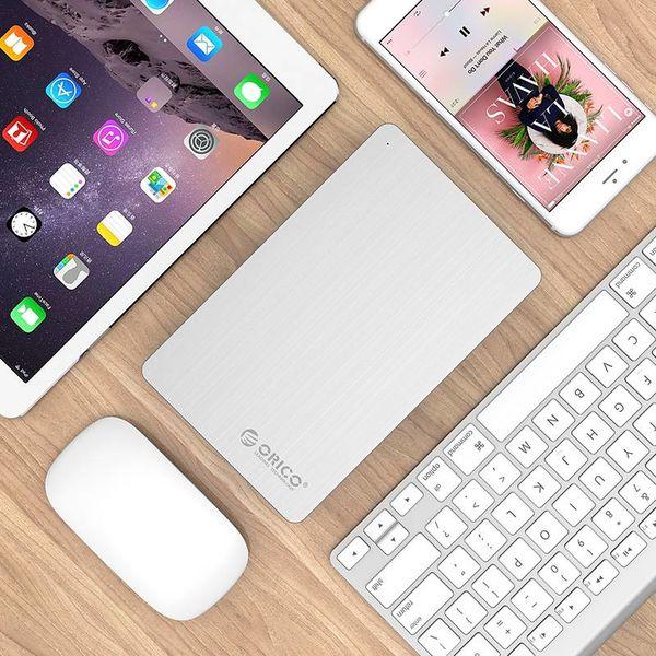 Orico Aluminium 3,5 pouces Boîtier de disque dur - USB 3.0 - HDD / SSD - SATA I, II, III - 5Gbps - Incl. Adaptateur et câble de données - Argent