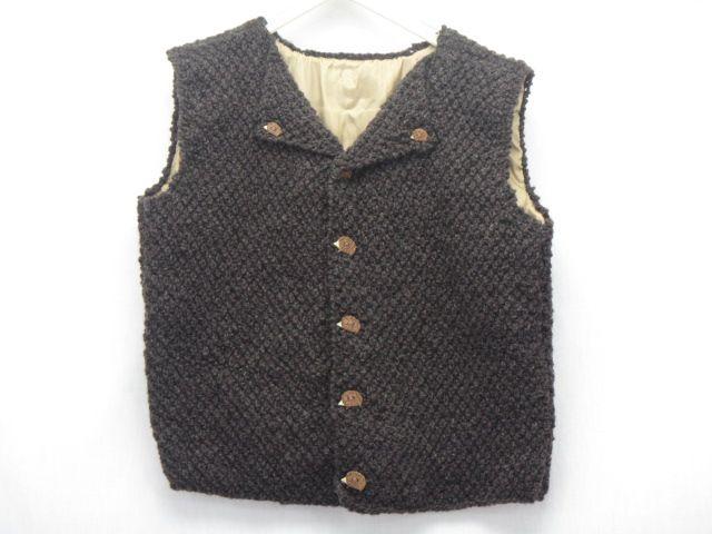 Kindertrachtenweste gestrickt, braune Schafwolle, Igelknöpfe