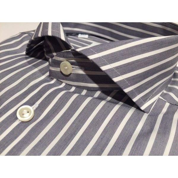 Dress shirt streep contemporary