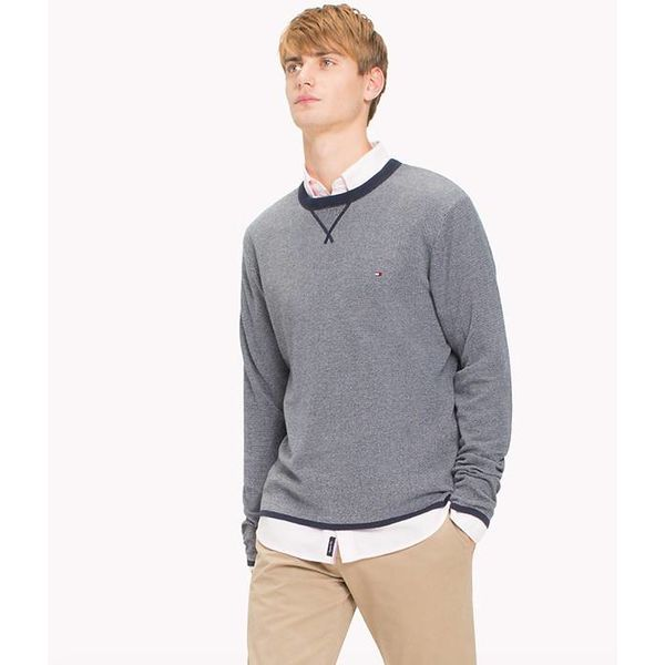 Fijngestreepte trui met ronde hals