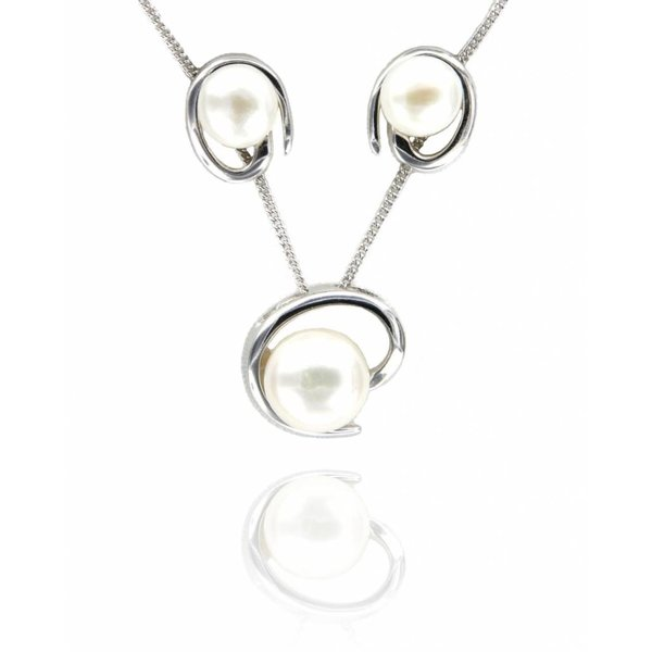 """Selection NoeBijou """"Sweety"""" Pearl Necklace and Earrings"""
