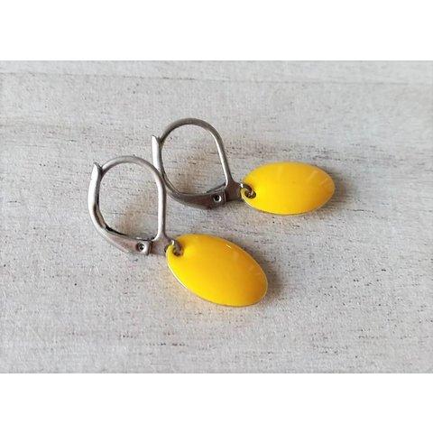 Earrings enamel yellow