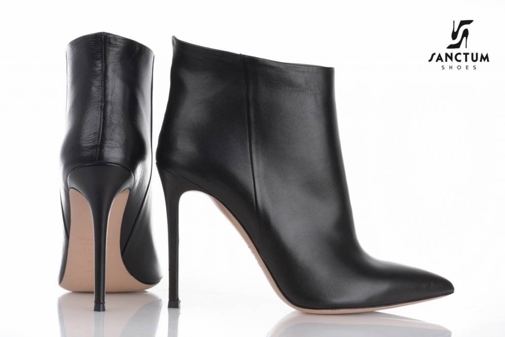 Sanctum  Italian ankle boots with thin heels