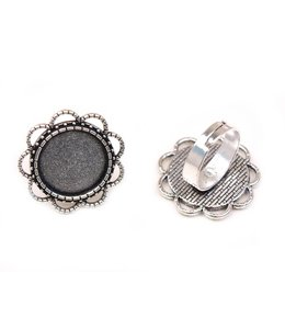 Old silver colored adjustable ring Ø 17 mm. top 30 mm. per piece