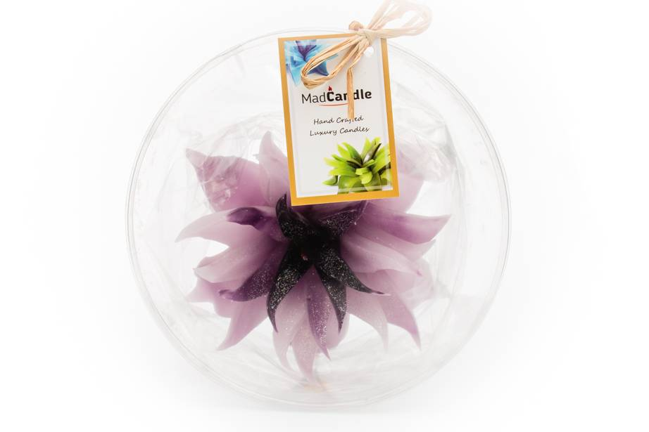 MadCandle Flower candle large lavender