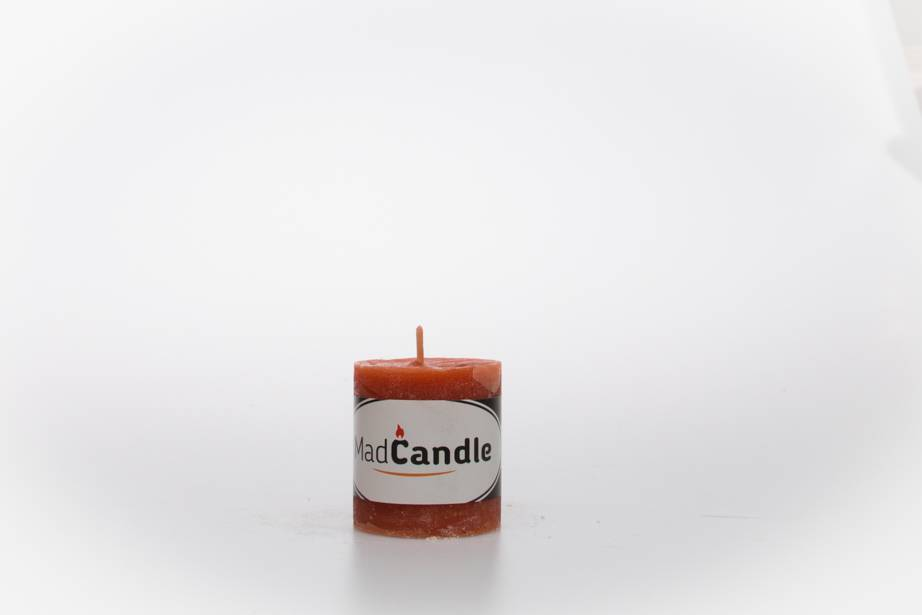 MadCandle Scented candle cylinder small cinnamon